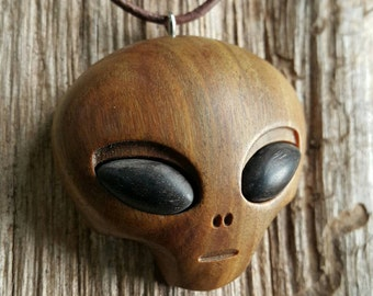 Alien//Wood necklace//Alien Wood necklace//Alien necklace//Wooden Alien//Wood Alien//lignumvitae//extraterrestrial//space//akien jewerly