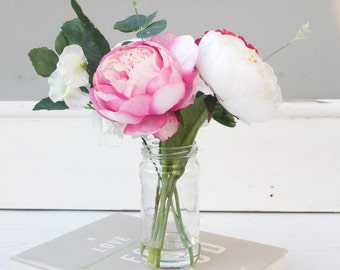 Silk Peony Bouquet - Faux Flowers - Artificial Flowers - Peonys in Vase - Flower Centrepiece - Cream silk Peonys - Flowers Arrangement