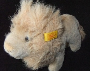 Steiff Lion (040801) made in Germany