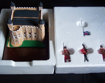 Britains 1990 Famous Landmarks Tower Of London boxed