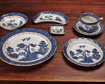 20% OFF SALE!!   Booths Real Blue Willow Pattern China 7 Piece Place Setting 1940s Collectors Set