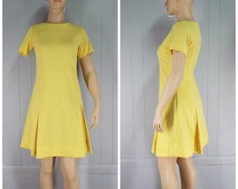 Vintage Womens 1960s Guilford Fashions Mod Lemon Yellow Short Sleeve Dress with Kick Pleats | Size M