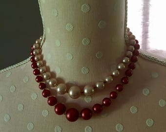 Pink and maroon faux pearl necklack