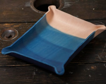 Indigo Dyed Leather Catchall Tray with 3 Layer Soft Dip Gradient Pattern