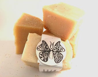 Silky Suds Solid Shampoo Bar / All Natural Shampoo / Hair Care / Organic / Healthy Hair