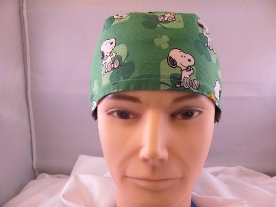 Men's Scrub Hat Peanuts St Patrick's Day