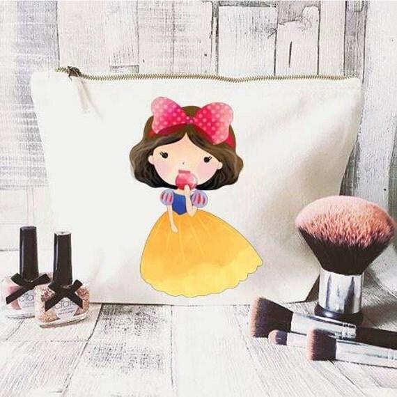 Disney Quote makeup bag- Large Cosmetic bag- Unique gift- Snow White- Disney princess - Hen Party Bag- Disney lover- Best friend gift
