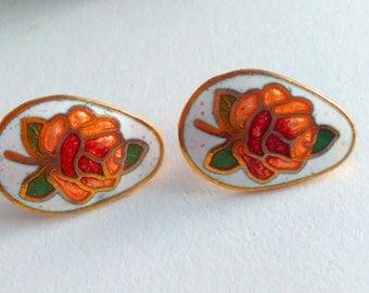 Vintage, rose earrings, cloisonne earrings, vintage earrings, flower stud earrings, cloisonne earrings, enamel earrings, vintage flower stud