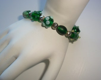Green Glass Beaded Stretch Bracelet
