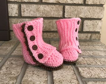 Crocheted baby girl boots