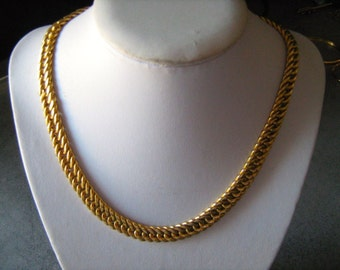 750 18KT Gold Mesh necklace large top quality made in italy