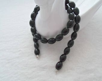 12 mm x 8 mm Opaque Black Oval Glass Beads (1148)