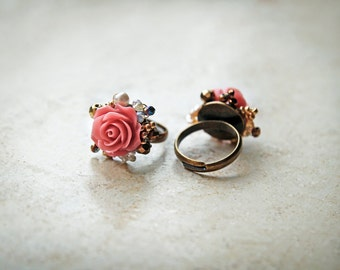 Resin cabochons rose ring with different beads. Gift for her!