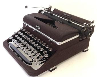 Royal Aristocrat Manual Portable Typewriter (Unusual Color)
