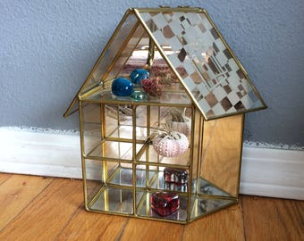 vintage brass and glass and mirror trinket display, tiny house, or tiny terrairium, adorable, use on the table or on the wall with hooks