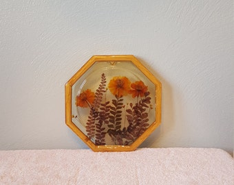 Funky 1970s Floral Resin Hot Plate