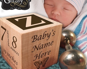 Personalized Wooden Baby Block Gift Engraved It's A Girl Boy Baby Keepsake Newborn Cube Newborns First Alphabet Nursery Decor Gift Blocks