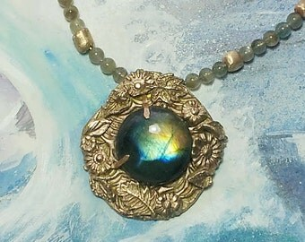 Necklace in  Bronze vegetal style, beautiful  Labradorite with goldy and blue flashes , bronze and labradorit beads and a rare vintage chain