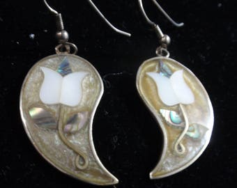 Alpaca  Tulip Earrings