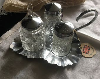 new vintage leaf tray with glass condements / salt and pepper shakers/ chutney pot set / vintage glass shakers