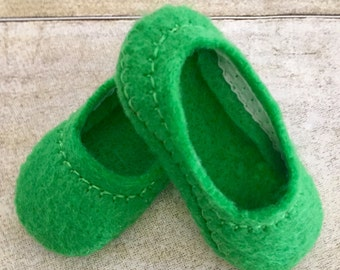 Wellie Wishers Shoes, Made to fit 14.5 inch Dolls like Wellie Wishers, Handmade From Green Felt