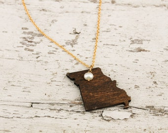 Missouri, Missouri State Necklace, Wooden State Necklace, Missouri Jewelry,  Personalized Gift, Going Away Gift