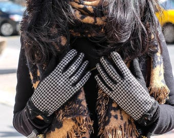 Womens touchscreen gloves! High Quality, Wool, Discreet, Stylish - emke Florence Medium