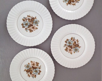 Vintage Ironstone Plates,Set of Four (4) ,Classic White,J&G Meakin,England,English Ironstone,Heirloom,Dinner Plates,Scalloped Rims,Ribbed
