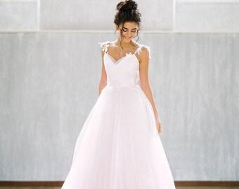 Wedding dress Poesia/bohemian wedding dress/romantic wedding dress/simple wedding dress