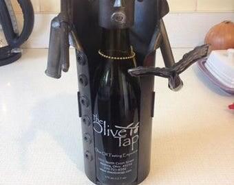 robot wine holder