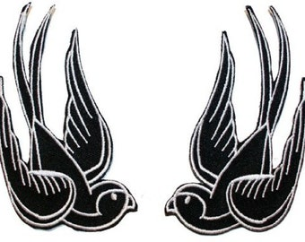 1 pair Black Sparrow Swallow Emo Punk sewing Iron on Patches / Embroidered Iron On Applique Patches DIY Customise Denim Cotton for Clothing