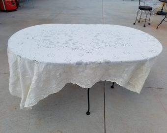 Handmade Crocheted Table Linen, Crocheted Table Linen, Crocheted Table Cloth, Vintage Table Cloth