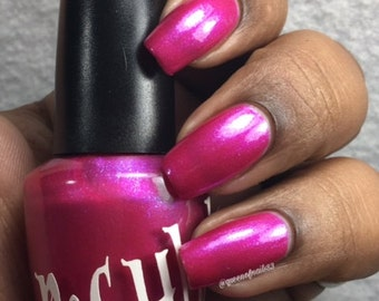 "Unique ""Pink Outside The Box"" Pearl Violet Pink Nail Polish Full Size 15ml Bottle"