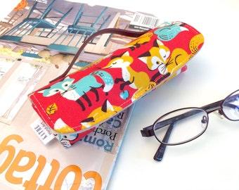 Yellow-orange foxes eyeglass hard case with handle strap
