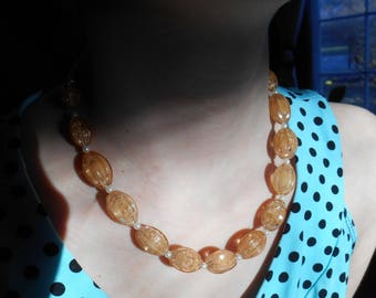 pink ribbed and faux pearl beaded necklace
