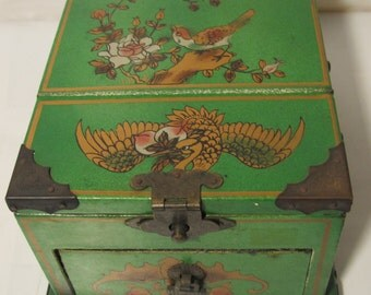 Vintage green and gold  flower jewelry box