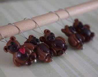 Knitting stitch markers: Chocolate teddy bear!