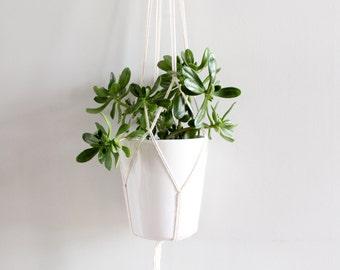 MACRAME PLANT HANGER // 10