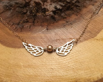 Golden Snitch Necklace; Quidditch Snitch Charm Necklace, Harry Potter Necklace, Wing necklace, gift for Harry Potter Fan, gift for her
