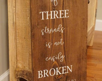 Large cord of three strands wood sign. A cord of three strands sign. Wedding vows wood sign. Unity wood sign. Ecclesiastes 4:9-12.