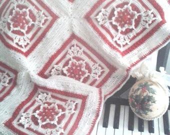 Crochet baby blanket with red SNOWFLAKES - 100% wool - Ready to ship