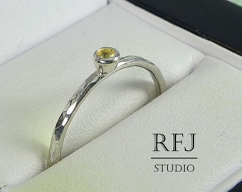 Natural Peridot Hammered Silver Ring, 2 mm Peridot August Birthstone Ring, Round Cut Green Earth Mined Peridot Staker Ring Medium Texture