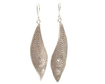 Sterling Silver Handcrafted Leaf Shaped Flower Earrings.