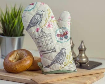 Romantic Oven Mitts