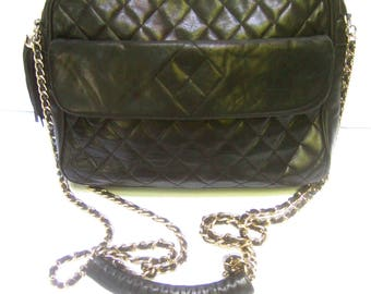 Classic Hand Made Quilted Black Leather Shoulder Bag Made in Italy