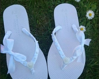 Customised Flip flops/ Wedding flip flops/ Hen Do flip flops/ Bridal flip flops/ ribbon flip flops