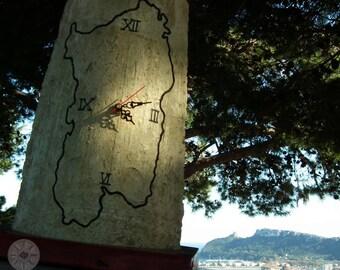 Clock hand engraved on Ancient Sardinian Sardinian Shingle, silhouette