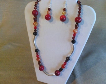 152 Ethnic Style Red Sponge Coral, Bamboo Coral, Red, Black and Carnelian Red Agate Beaded Necklace