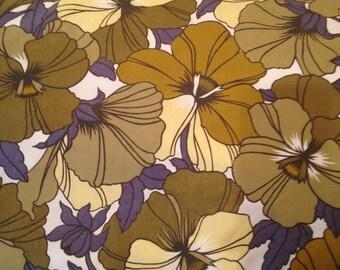 Vintage pillowcase - green florals