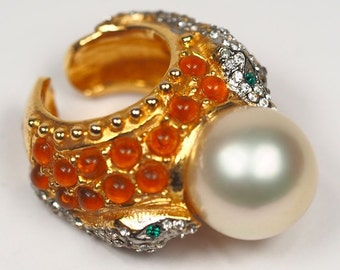 Kenneth Jay lane ring. KJL costume jewelry